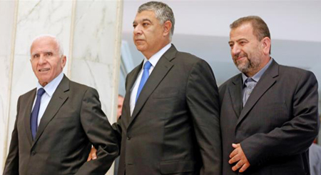 Hamas and Fatah officials meet with the Egyptians